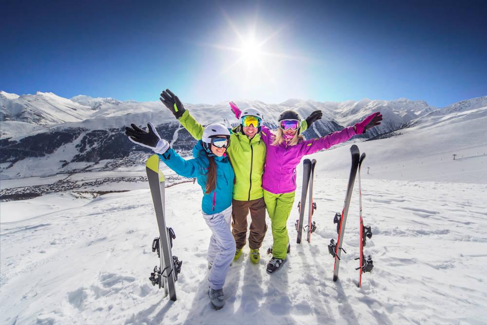 Ski Hire, Snowboard Hire, Snow Boards, Ski Clothing Rental, Jindabyne